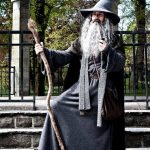 gandalf-the-wizard-halloween-costume-ideas-movie-characters-lord-of-the-rings