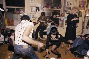 foto_3_low_p_110-twisting-at-my-birthday-party-new-york-city-1980