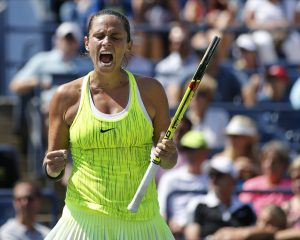 Roberta Vinci, of Italy, reacts during her match with Lesia Tsurenko, of Ukraine, during the fourth round of the U.S. Open tennis tournament, Sunday, Sept. 4, 2016, in New York. (ANSA/AP Photo/Kathy Willens) [CopyrightNotice: Copyright 2016 The Associated Press. All rights reserved.]